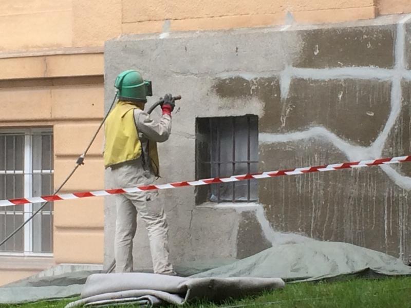 Beginn Fassadensanierung Theater Neustrelitz Planung und Bauüberwachung milatz.schmidt architekten