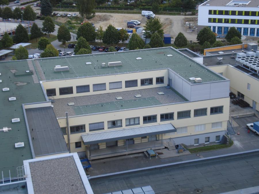 Fertigstellung Gebäudehülle Haus T Endoskopie Klinikum Neubrandenburg milatz.schmidt architekten