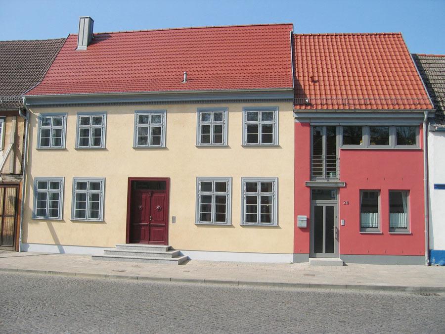 architekten gmbh wohnh user gro e wollweberstra e neubrandenburg. Black Bedroom Furniture Sets. Home Design Ideas
